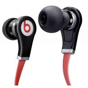 Fej és fülhallgatók